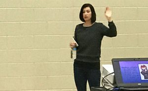 Author Lindsay Currie Visits Martin