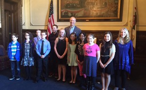 Capitol Art Contest Students with Gov. Rauner